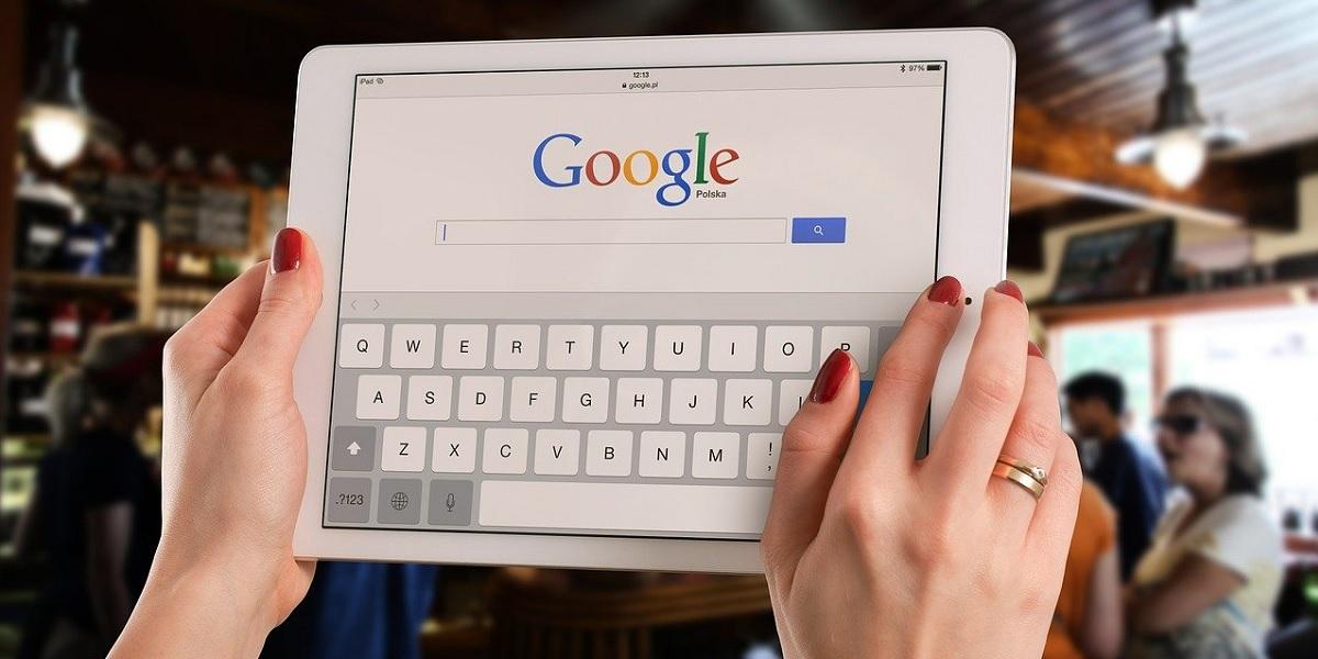 google-meena-chatbot.jpg